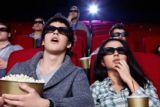 Женщина с мужчиной в кино